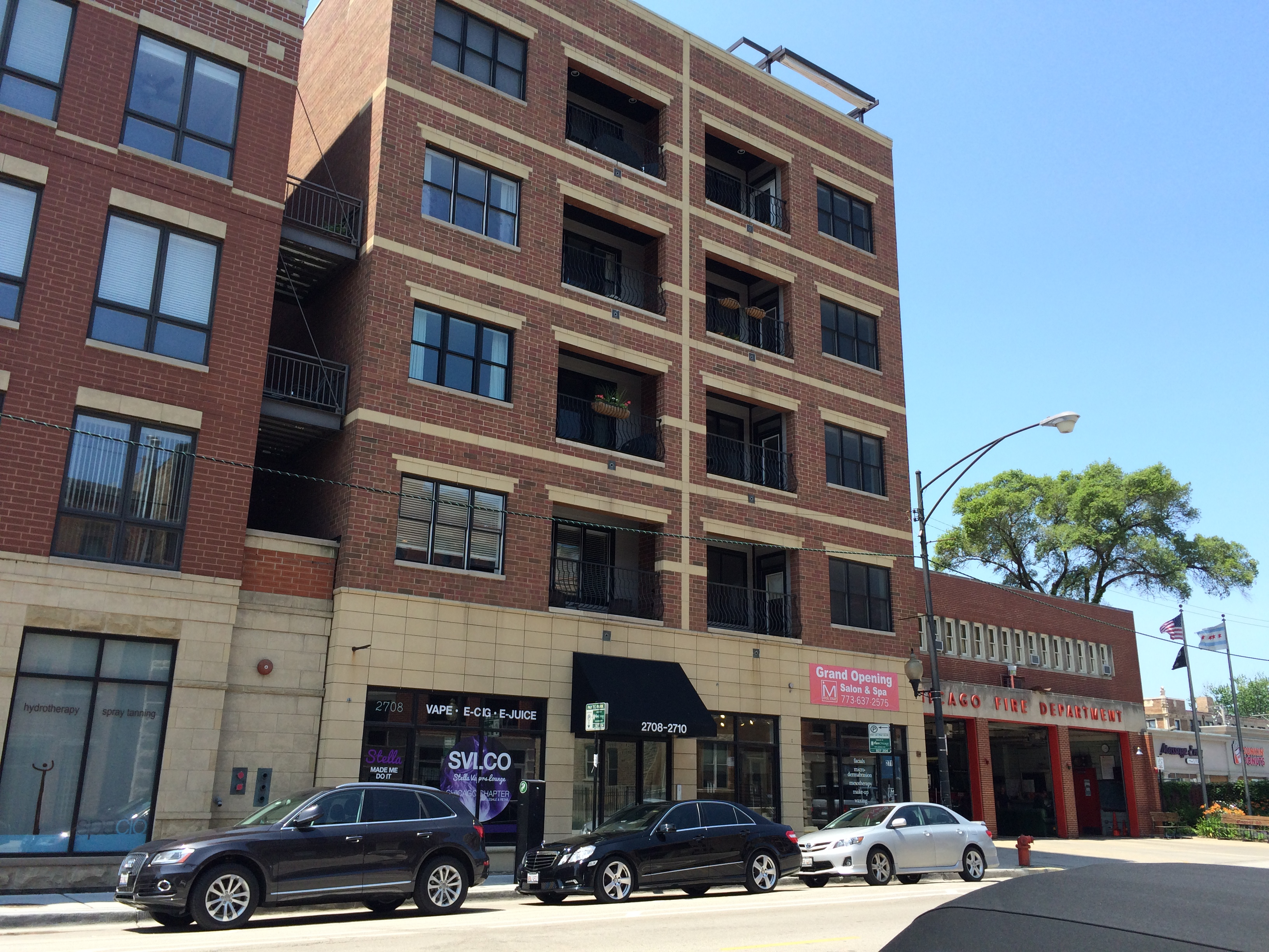 Lincoln Park Commercial Condo For Sale on Halsted Near Diversey – Great Investment Purchase!