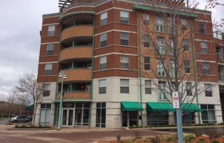 Willow Springs 2 Bedroom Condo With Balcony For Sale