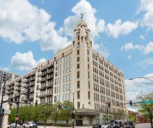 River North One Bedroom Top Floor Condo with Balcony For Sale