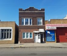 Humboldt Park Commercial Space For Lease on Grand Near Division