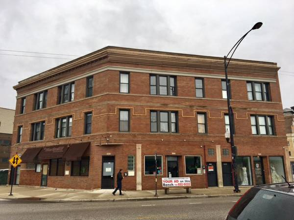 Logan Square Spacious 3 Bedroom 1 Bathroom Apartment For Lease On Milwaukee Avenue Miller