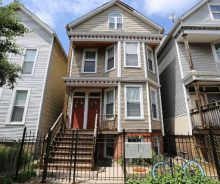 Lakeview 5-Unit Fully Leased Multi-Family Building For Sale on Barry