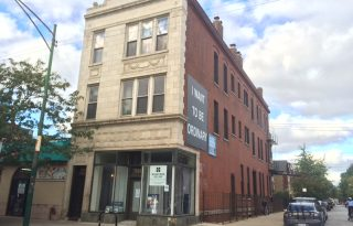 Wicker Park Updated First Floor 1-Bedroom Apartment For Lease