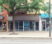 Prime Wicker Park Retail / Restaurant Space For Sale on Division Street