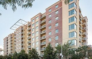 Near West Loop Updated 2-Bedroom Condo With Parking For Sale