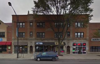 Edgewater Retail For Sale on Broadway Street – Excellent Investment Opportunity